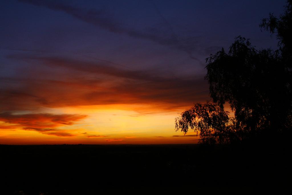 amazing sunset, evening sky, light pollution, beautiful sky